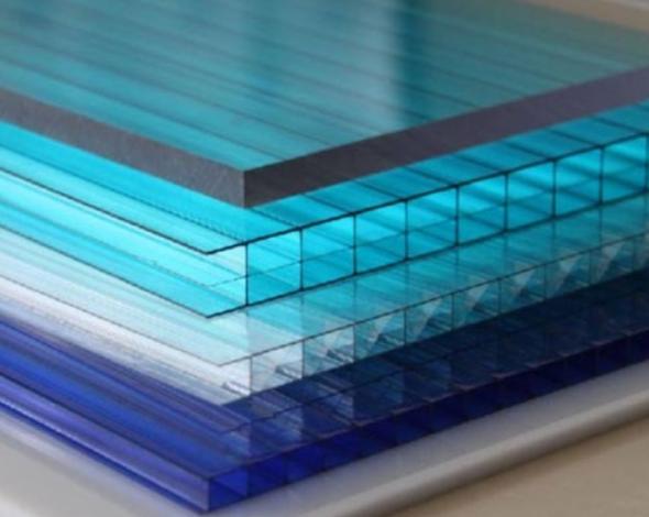 用PC阳光板做覆盖温室的原材料会有哪些优势?